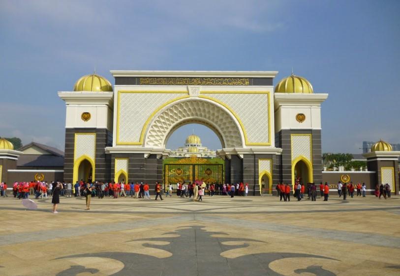 6 Tempat Wisata Por Di Kuala Lumpur Malaysia | Arwini.com on