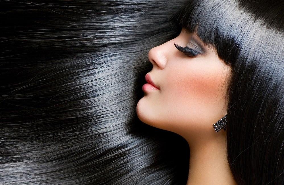 Cara Terbaik Merawat Rambut Panjang secara Alami