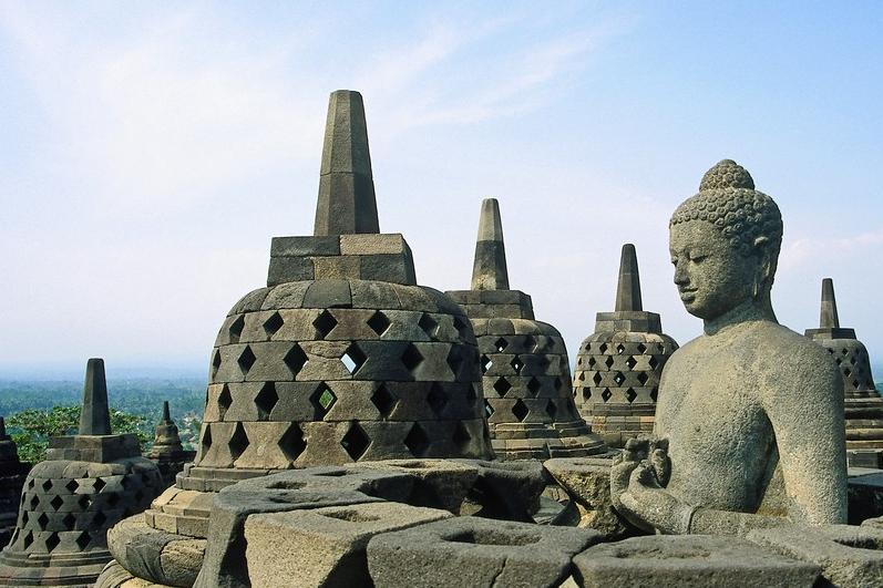 Pesona Candi Borobudur, Candi Budha Termegah di Dunia