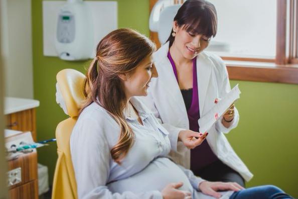 Cara Mengatasi Mual di Awal Kehamilan