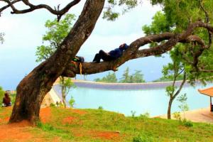 Obyek Wisata Embun Batara Sriten Gunung Kidul Jogja