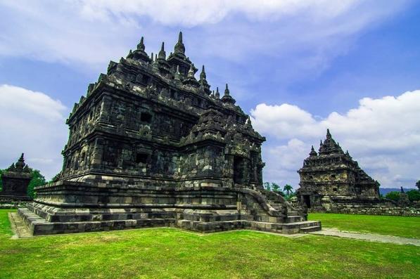 Alamat Candi Plaosan Tempat Wisata Favorit di Klaten