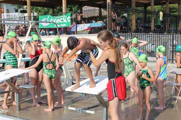 Resiko Berenang di Kolam Umum